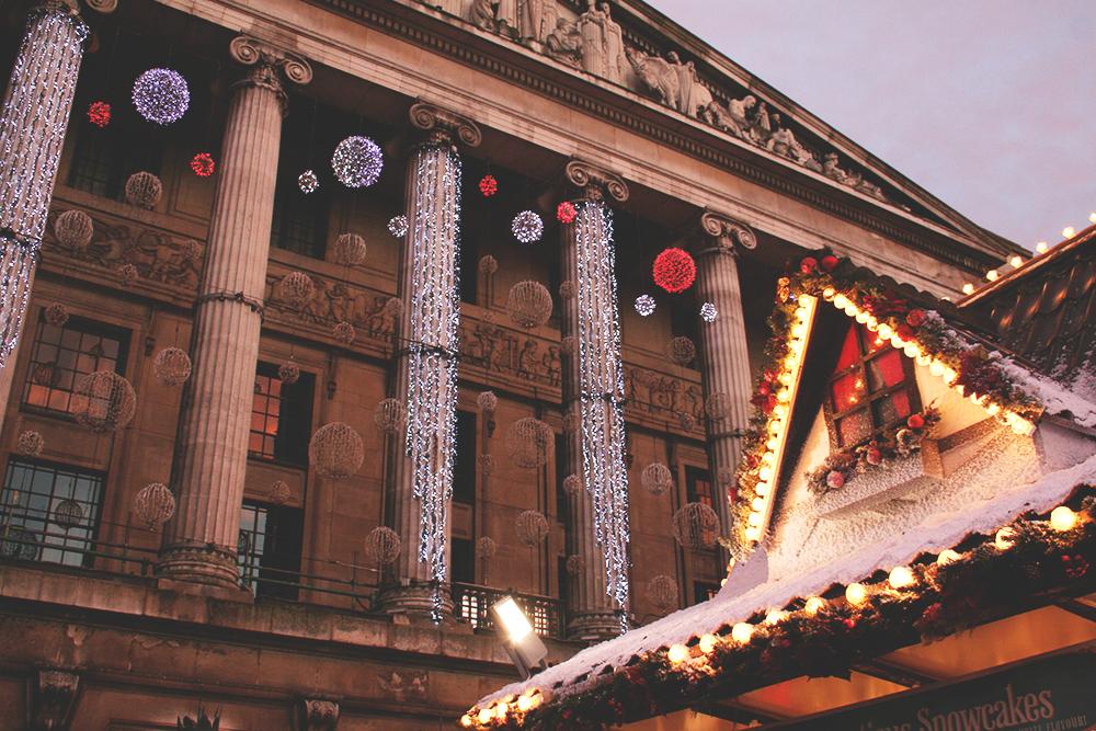 Christmas-Council-House-Nottingham-Winter-Wonderland-Tori's-Tales
