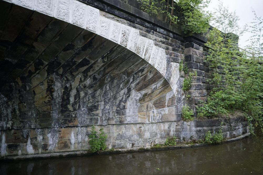 Acute angle springing showing stone shapes