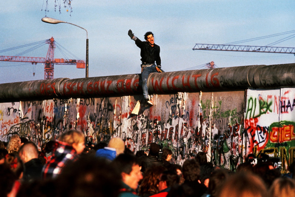 "Fall of the Berlin Wall, Berlin, Germany, 1989<span class=""photo-essays-link""><span class=""separator"">・</span><a href=""/photo-essays"">Photo-essays</a></span>"