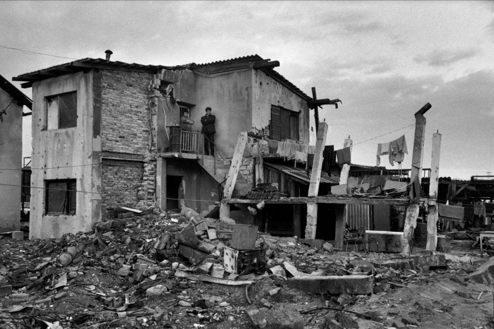 "War in Bosnia. Croatia, 1994.<span class=""photo-essays-link""><span class=""separator"">・</span><a href=""/photo-essays"">Photo-essays</a></span>"
