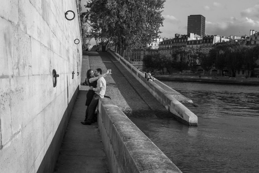 "Ile Saint-Louis, 2011<span class=""photo-essays-link""><span class=""separator"">・</span><a href=""/photo-essays"">Photo-essays</a></span>"