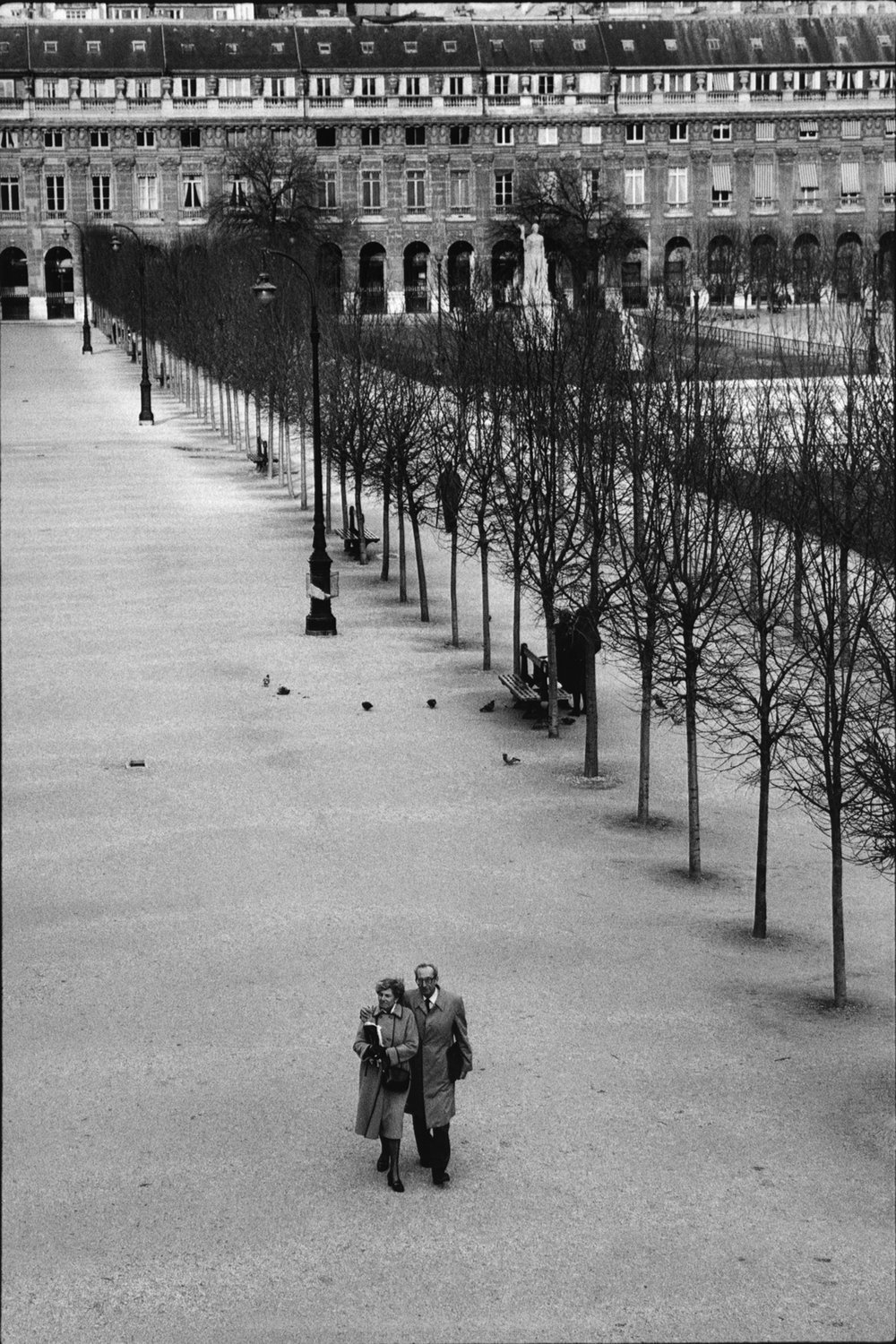 "Palais Royal, 1984<span class=""photo-essays-link""><span class=""separator"">・</span><a href=""/photo-essays"">Photo-essays</a></span>"