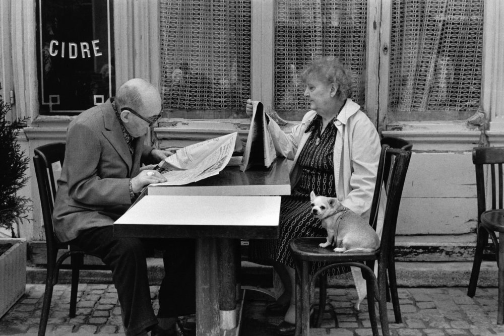 "Café, 1980<span class=""photo-essays-link""><span class=""separator"">・</span><a href=""/photo-essays"">Photo-essays</a></span>"