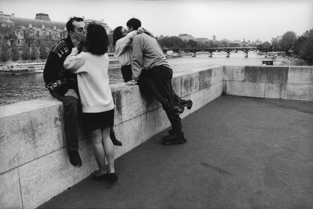 "Quai de la Seine, 1995<span class=""photo-essays-link""><span class=""separator"">・</span><a href=""/photo-essays"">Photo-essays</a></span>"