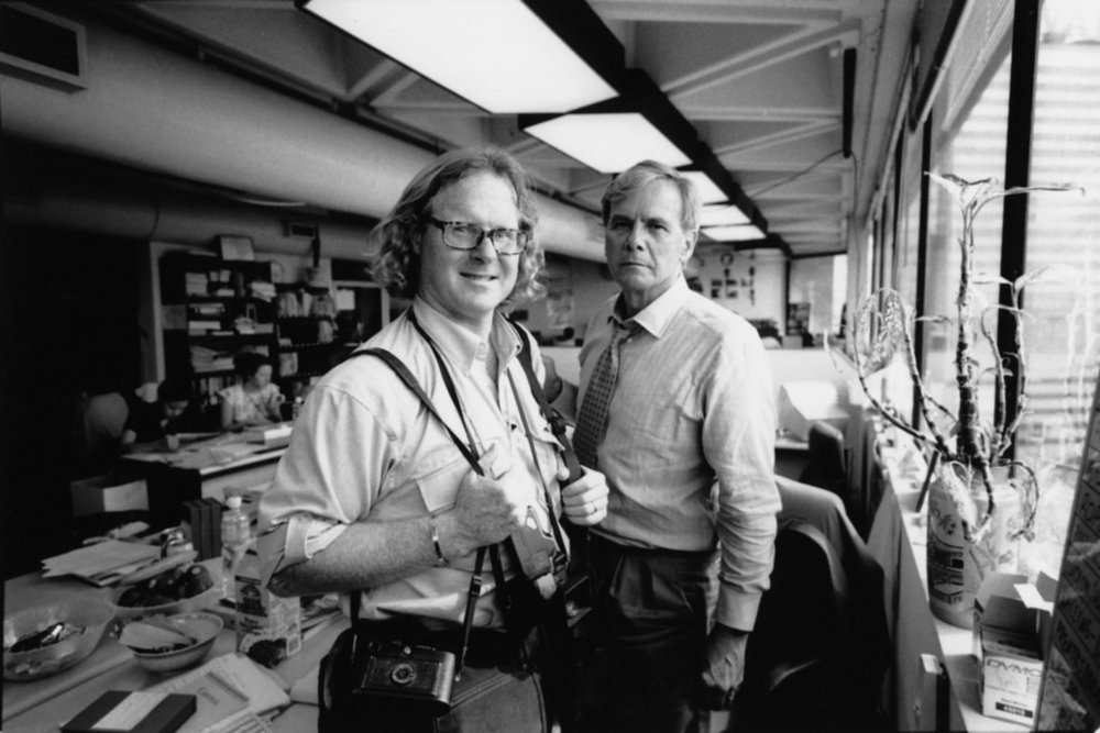 "Tom Brokaw. Hong Kong, 1997.<span class=""photo-essays-link""><span class=""separator"">・</span><a href=""/photo-essays"">Photo-essays</a></span>"