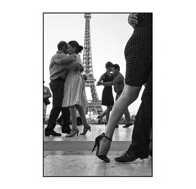 French Kiss Peter Turnley