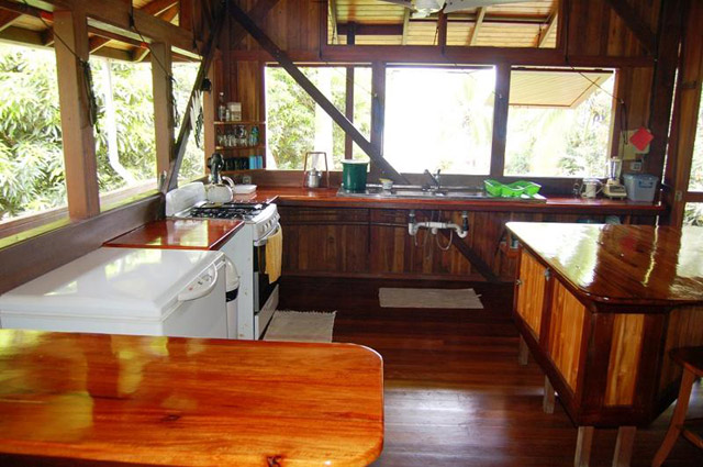 Casa Dos Rios kitchen.jpg