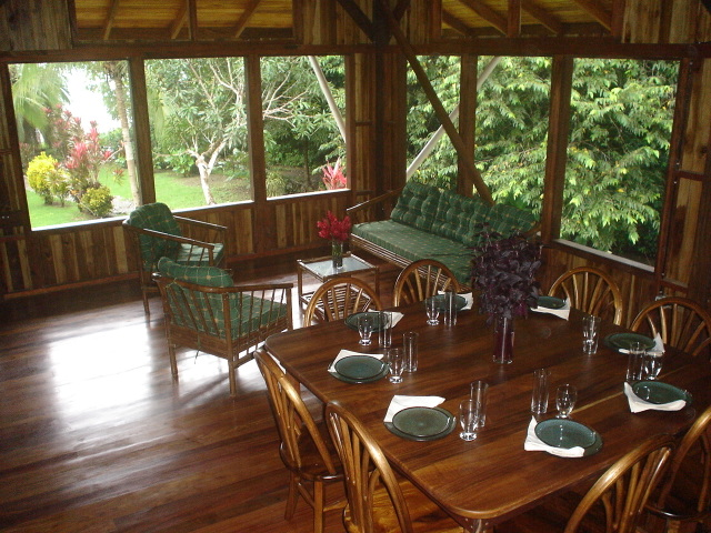 Casa Dos Rios living_dining.jpg