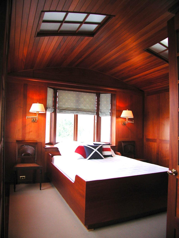 Moore Cottage Bed.jpg