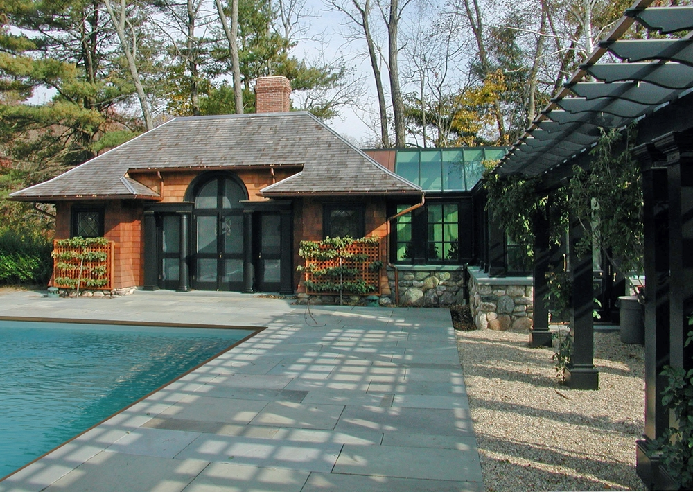 Pool house front (with Pool).jpg