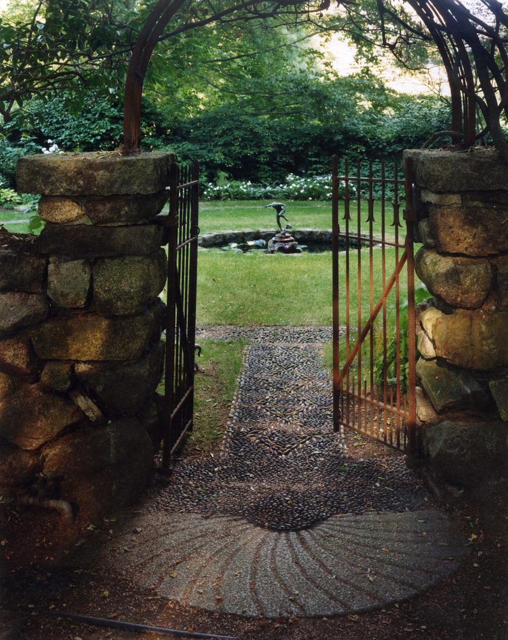 Garden Gatecrop.jpg