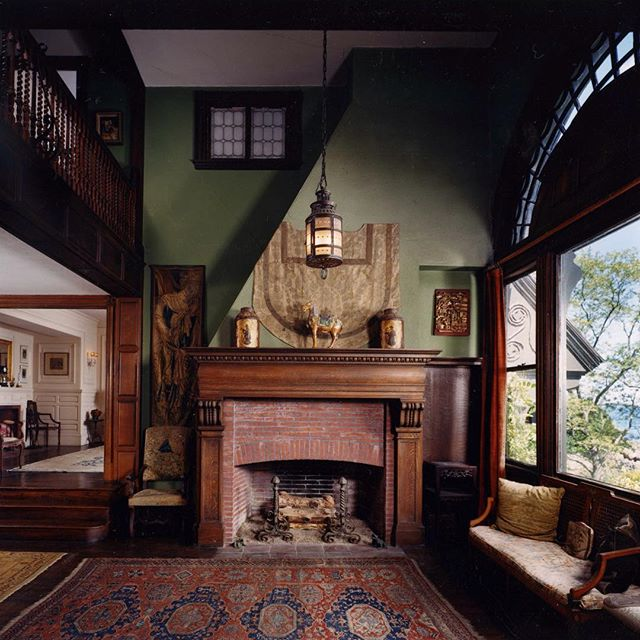 Such a shame this house is gone.  #loringhouse #interior #historicarchitecture #holtarchitects #shinglestyle