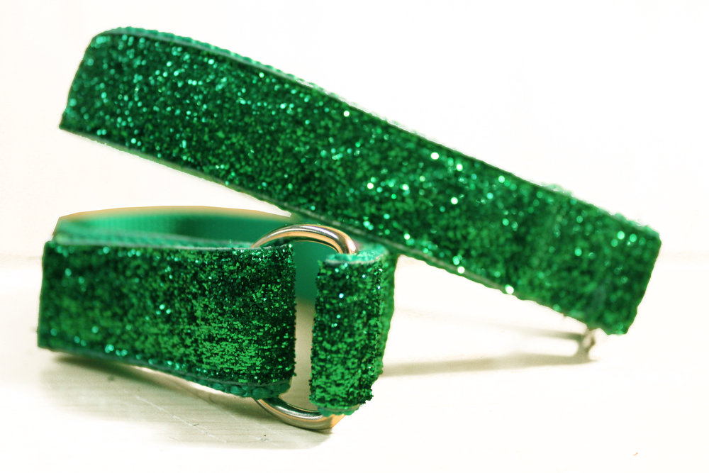 Glitter DK Green 02.jpg