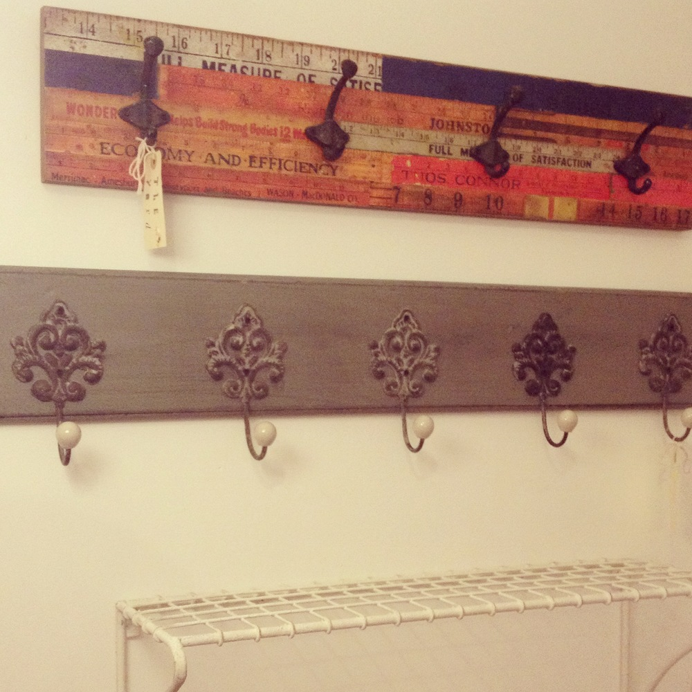 Grey rack with filigree hooks