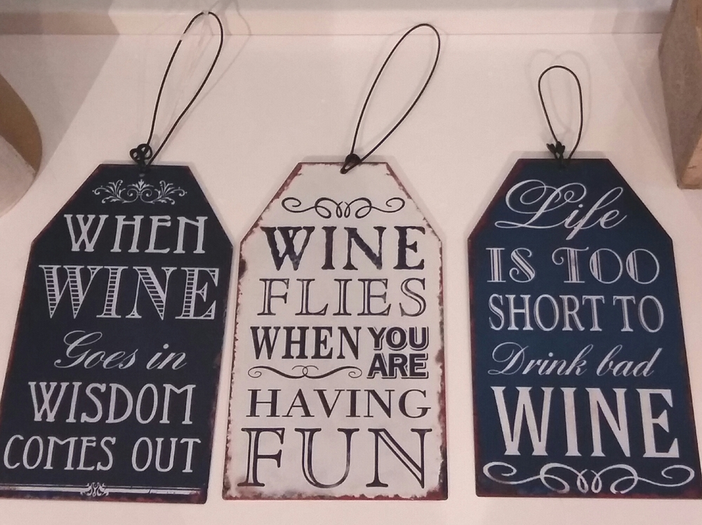 Great small wine signs only £1.50