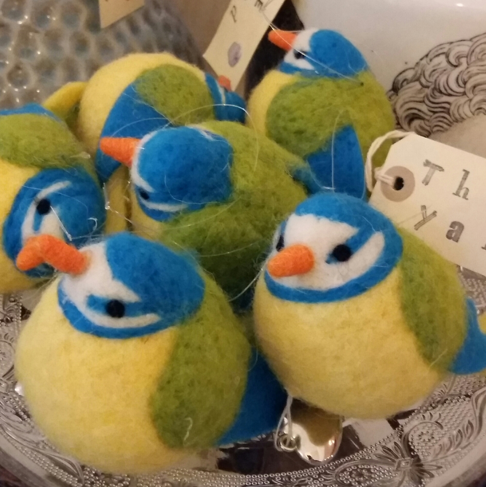 Back in stock after selling out, little felt birds £4.00 each
