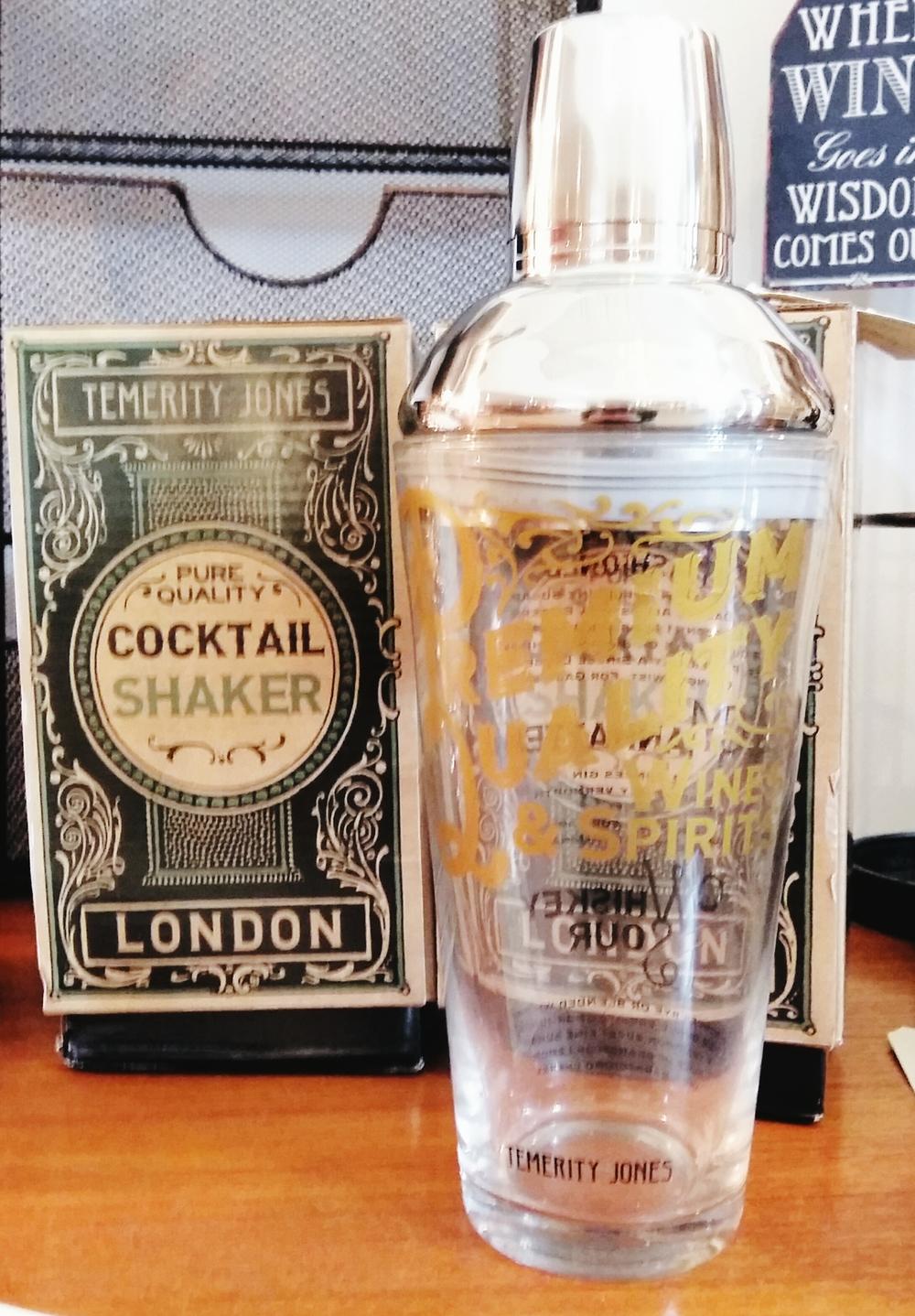 Vintage inspired Cocktail shaker