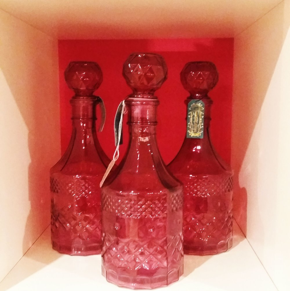 Pink decanter perfect addition to any drinks trolley