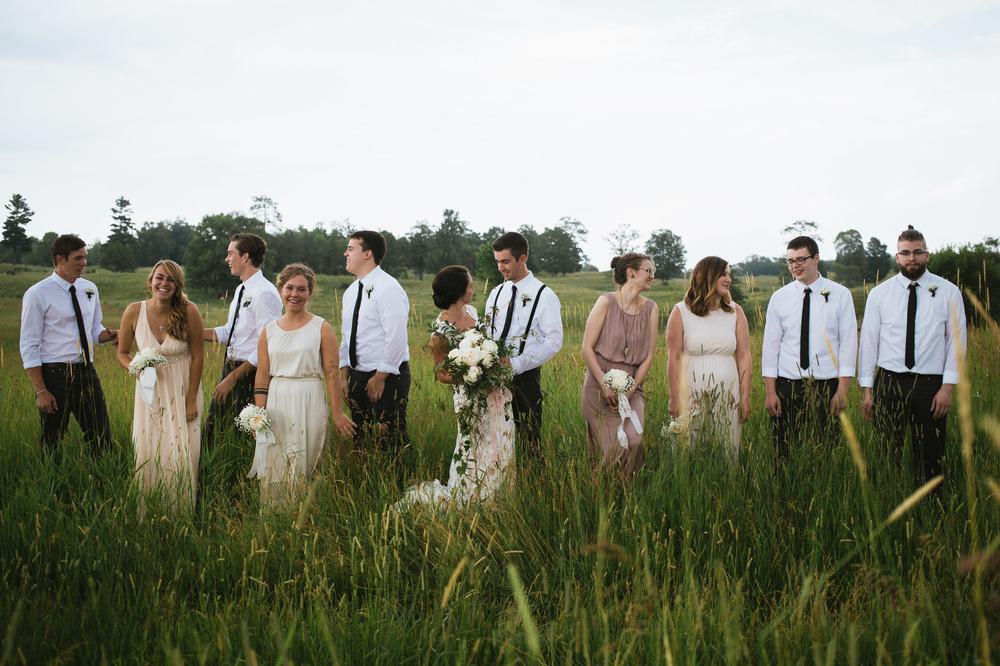 the-bees-knees-floral-sharayah-krautkremer-brainerd-mn-minnesota-wedding-florist-bride-flowers-peony-garden-rose-ivy-babys-breath-bouquet
