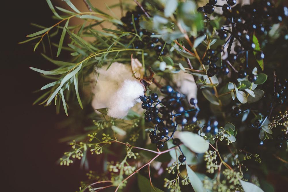the-bees-knees-floral-design-studio-brainerd-mn-minnesota-florist-wedding-weddings-bride-greenery-viburnum-berries-cotton-branch