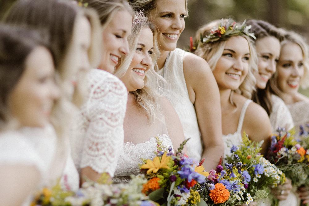 the-bees-knees-floral-brainerd-mn-minnesota-wedding-florist-floral-designer-flowers-bridal-twin-cities-minneapolis-sharayah-krautkremer-wildflower-weddings
