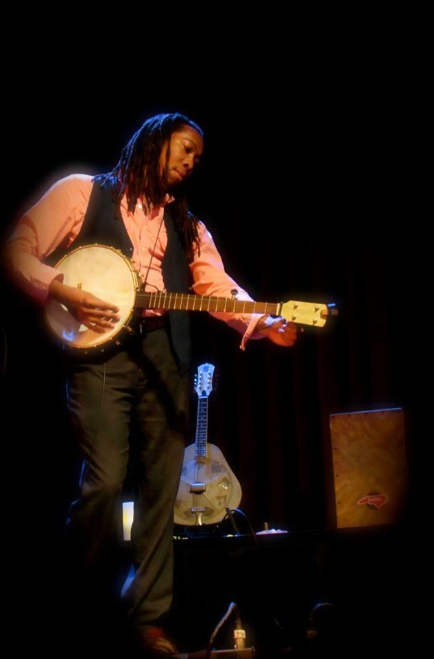 tuning banjo.jpg