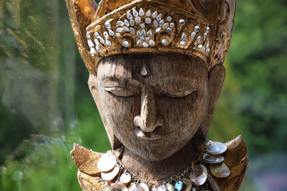 Thai head.jpg