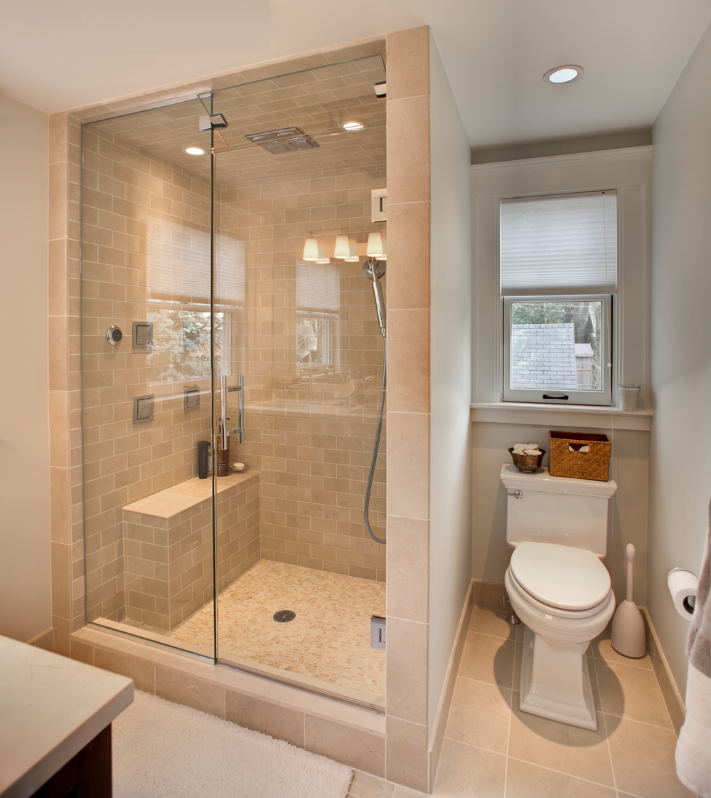 111127-277bathroomfull.jpg