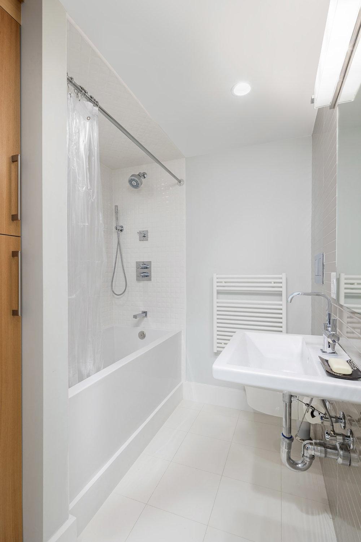 Lower Bath Master.jpg