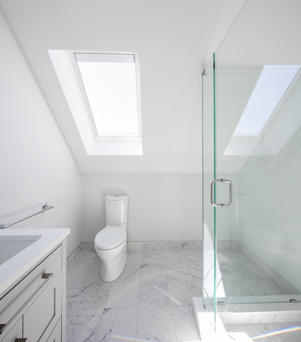 Upper Bath Master.jpg