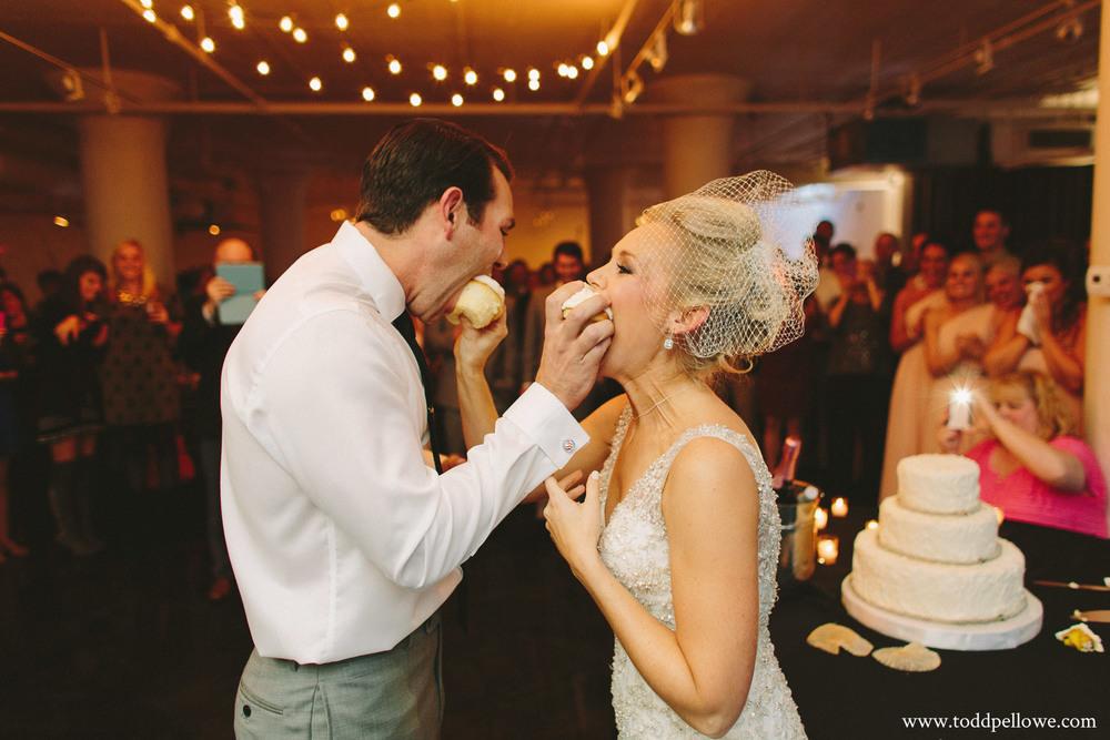 31-glassworks-wedding-photography-636.jpg