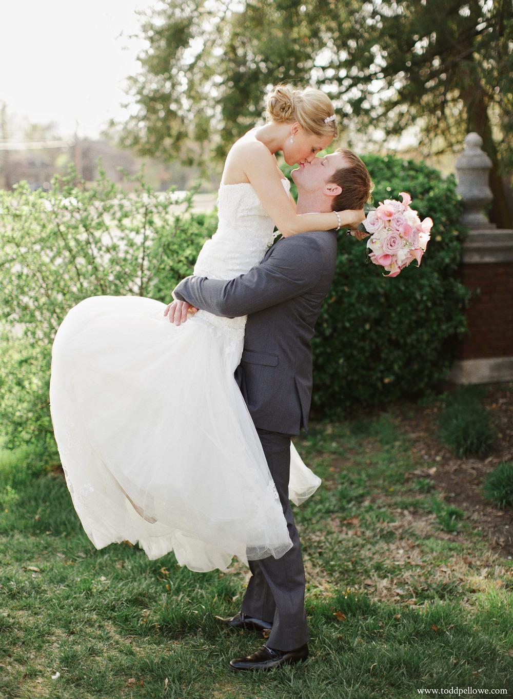 03-ashley-brian-brohm-louisville-wedding-461.jpg