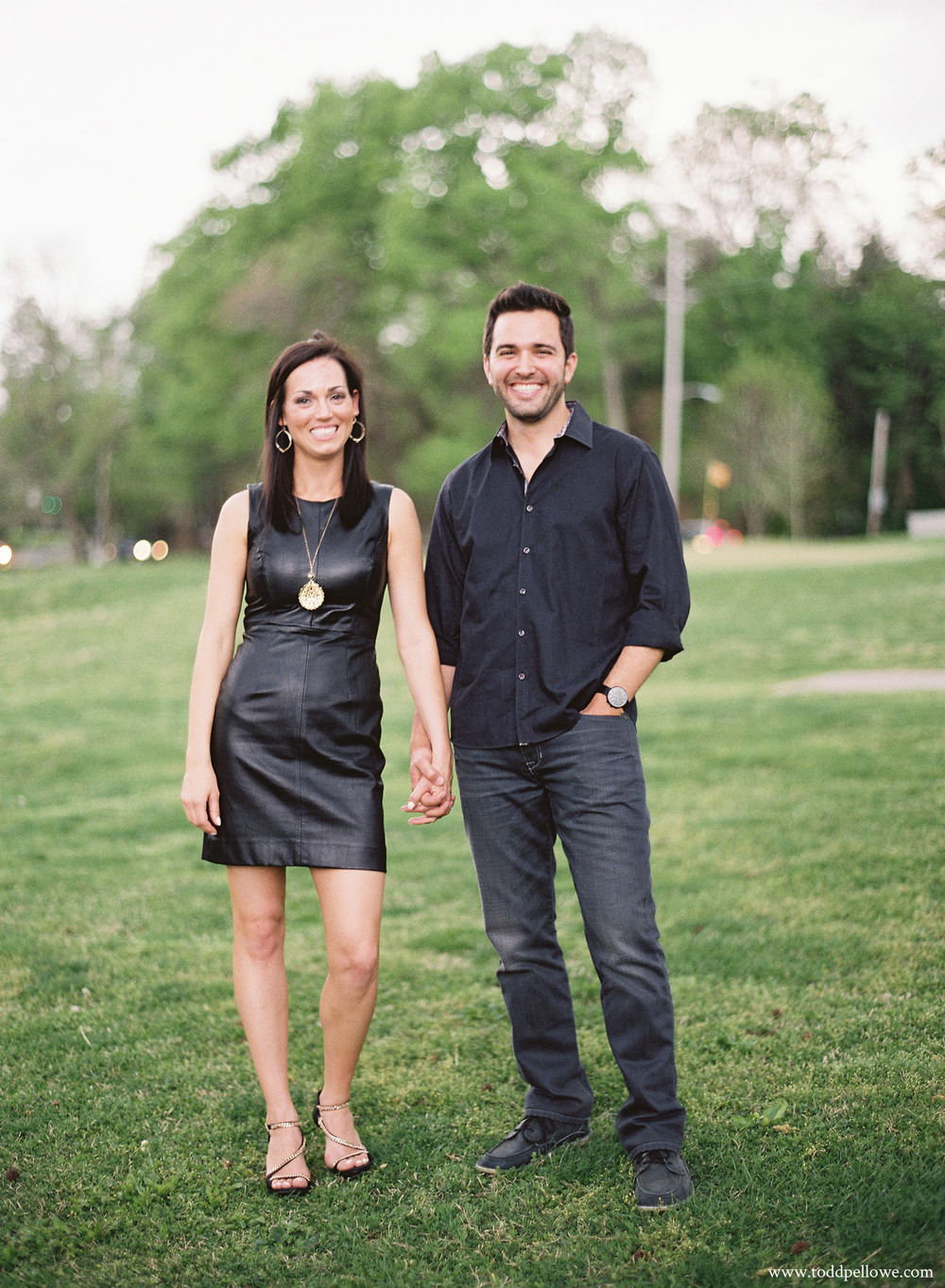 21-louisville-engagement-session-015.jpg
