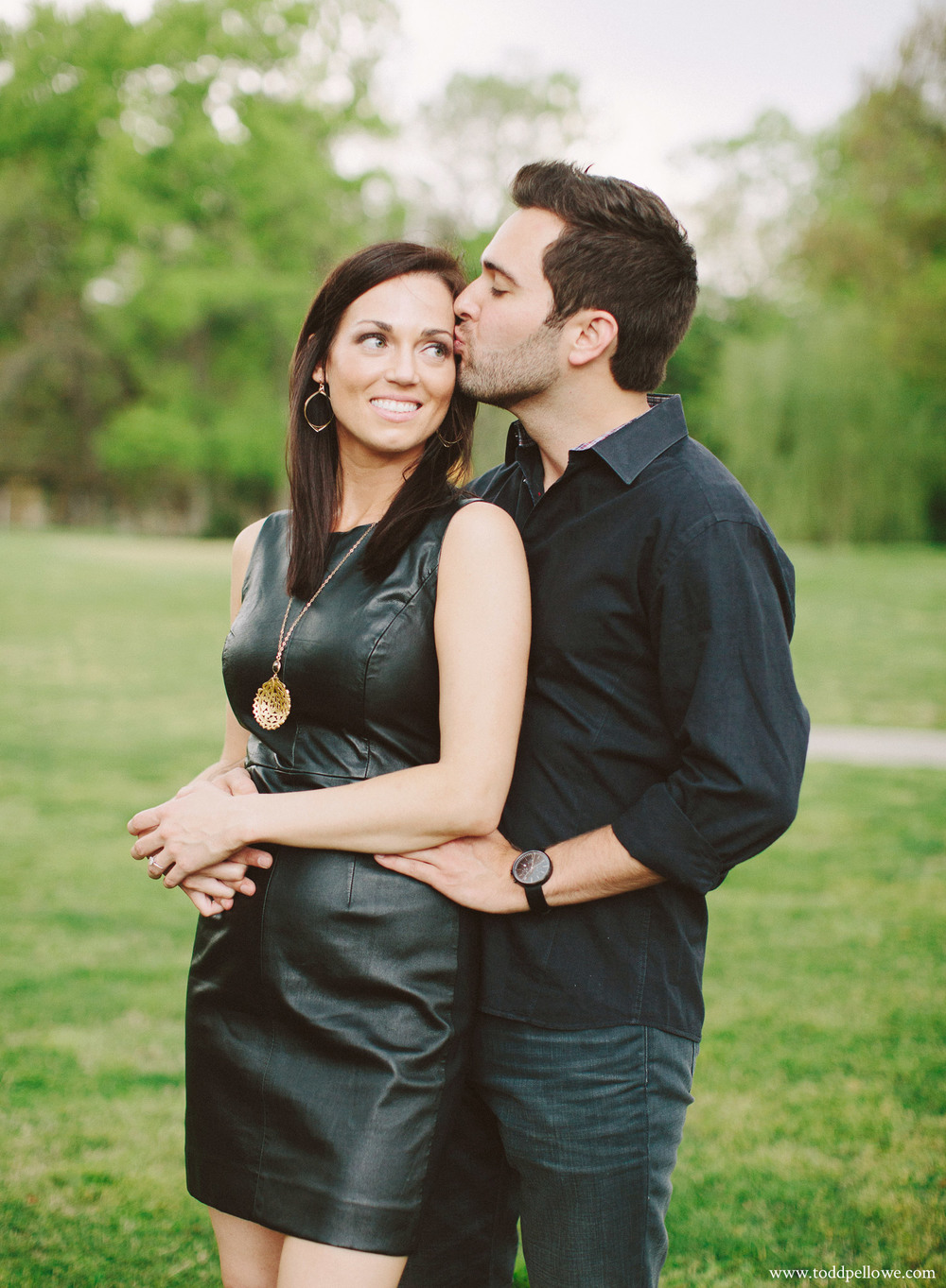 23-louisville-engagement-session-52b.jpg