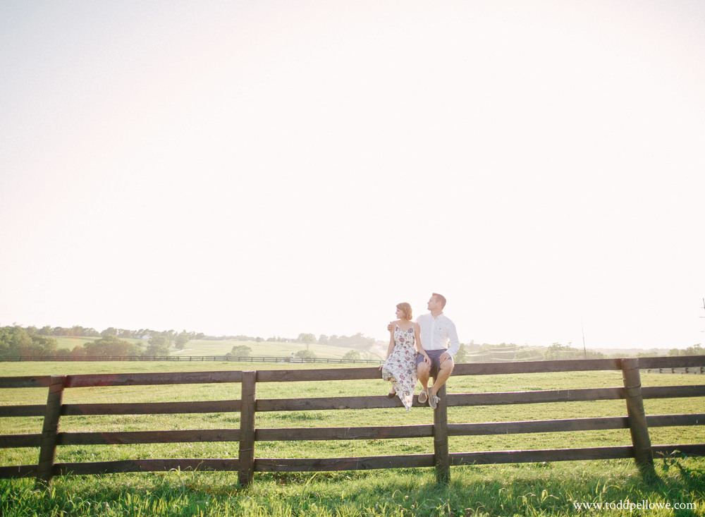 08-horse-farm-engagement-photography-118.jpg