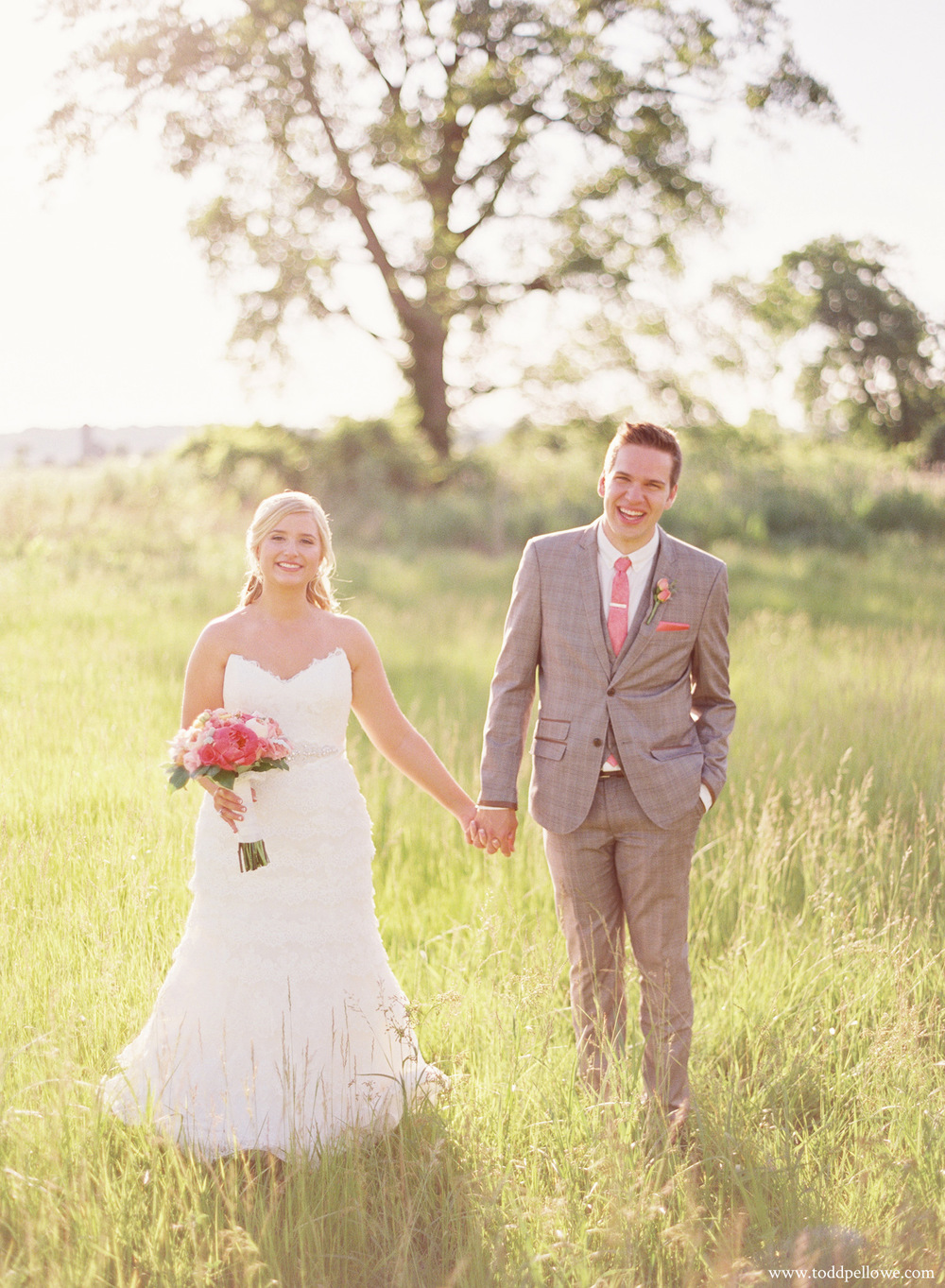 34-gingerwoods-farm-wedding-photography-013.jpg