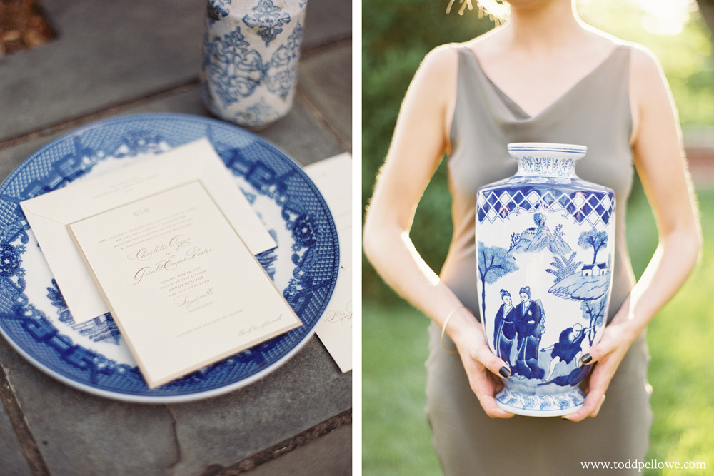 Delftware Pottery at wedding