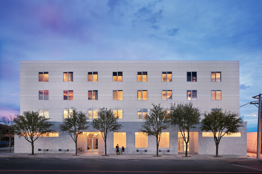 The exterior of Hotel Saint George in Marfa, Texas. (Photo: Casey Dunn)