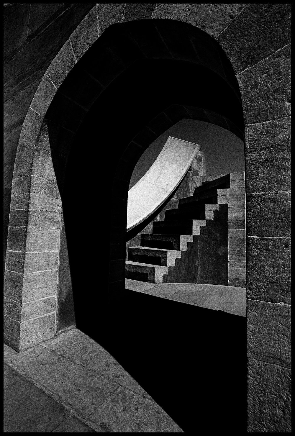 132_GALLERY_Jantar-Mantar-60_SURFACEMAG-SIMON-CHAPUT-PHOTOGRAPHY.jpg