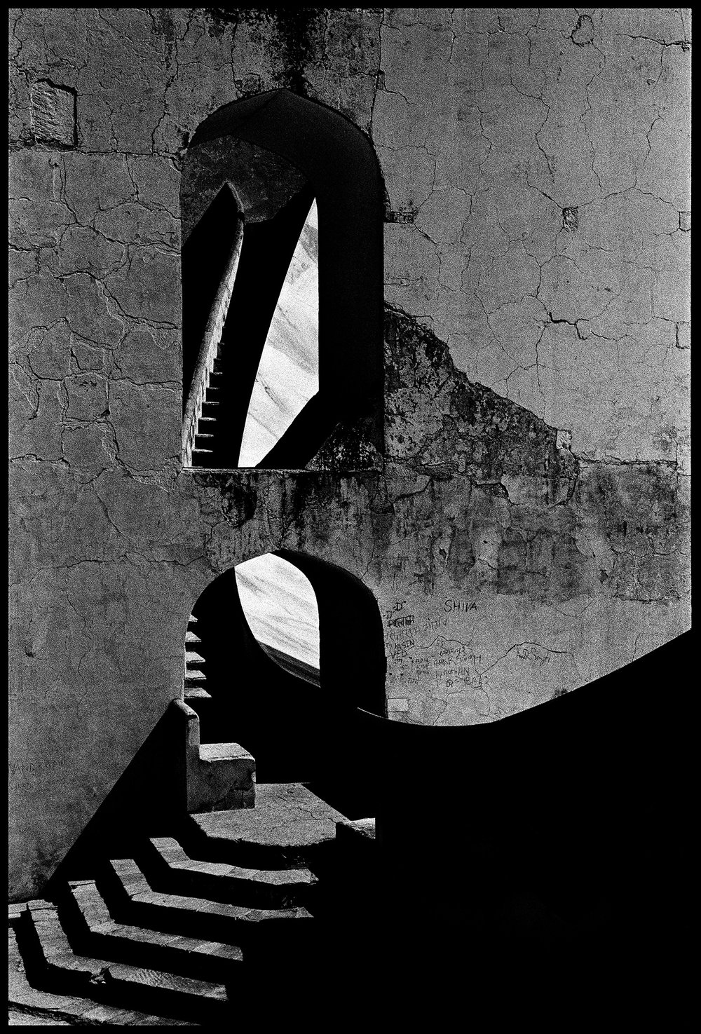 132_GALLERY_Jantar-Mantar-59_SURFACEMAG-SIMON-CHAPUT-PHOTOGRAPHY.jpg