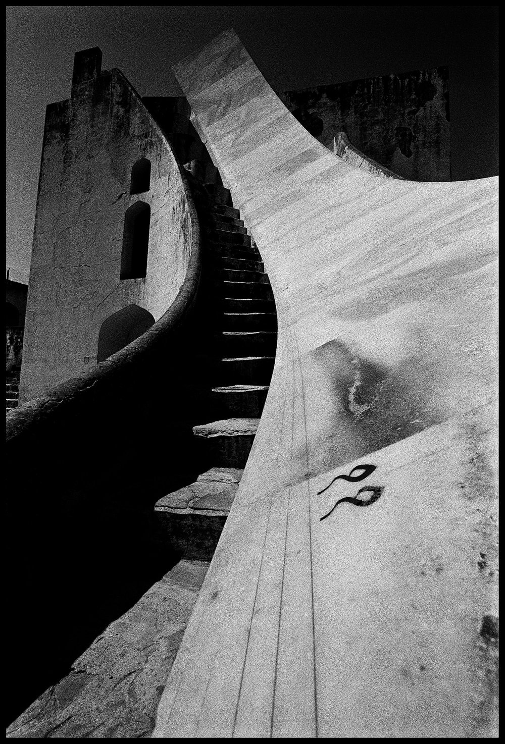 132_GALLERY_Jantar-Mantar-83_SURFACEMAG-SIMON-CHAPUT-PHOTOGRAPHY.jpg