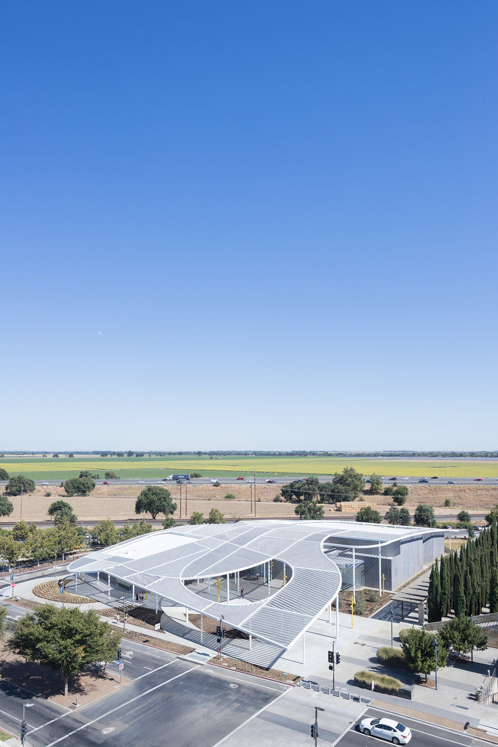 133_IID_ARCHITECTURE-Manetti Shrem Museum-Aerial-View-from-the-Northwest-View_surfacemag_1.jpg