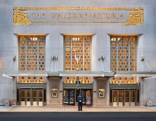 First the Plaza, now the Waldorf. @velseykim weighs in on what the loss of New York's last grand hotels means for the city. Link in bio. #suitesorrow #surfacemag