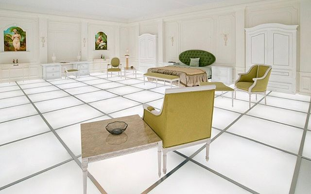 "Cinephiles, this one is for you. 🛰 The iconic bedroom in #StanleyKubrick's ""2001: A Space Odyssey"" has been replicated by artist #SimonBirch and architect #PaulKember at @the14thfactory. - Learn more about Los Angeles's flourishing arts scene on surfacemag.com."