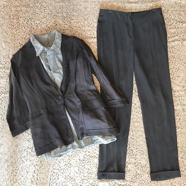 Relaxed suit? Yes please! Vintage Calvin Klein collection women's suit in dark gray linen blend. A few light bleach spots but nothing major SZ 2 $54 Deadstock soft flannel Czech shirt with ties $124