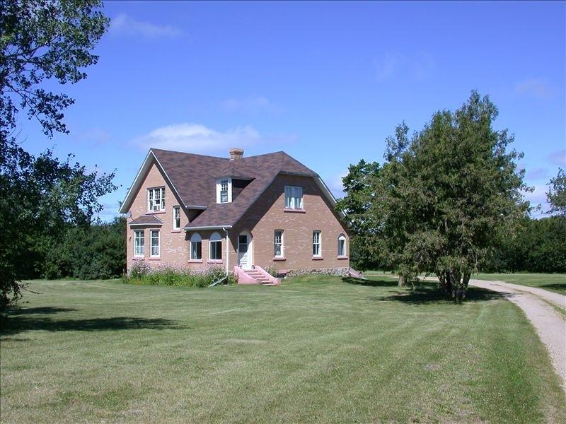 Tummel House, Roblin, Manitoba