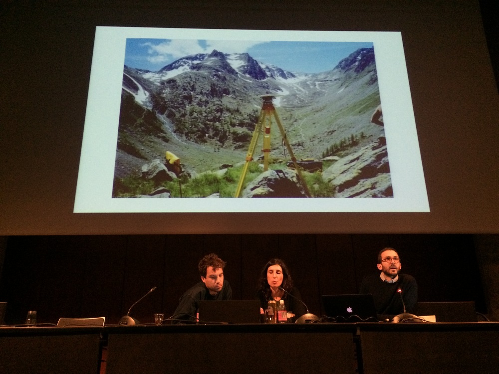 Marco Ferrari and Elisa Pasqual of  Folder  with Roel Wouters at their portfolio presentation
