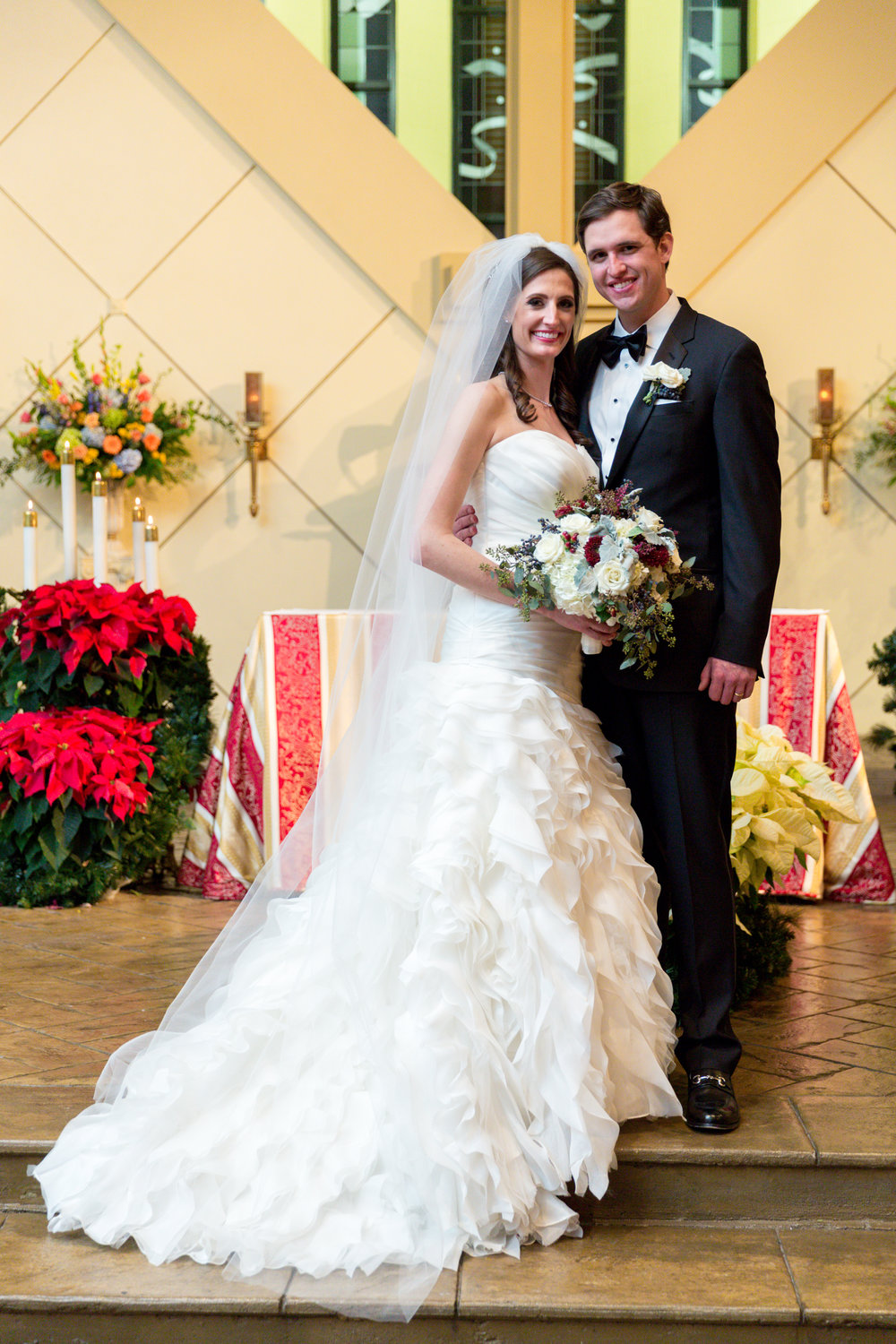 See how this timeless wedding moments were captured... Meet the Hendersons!