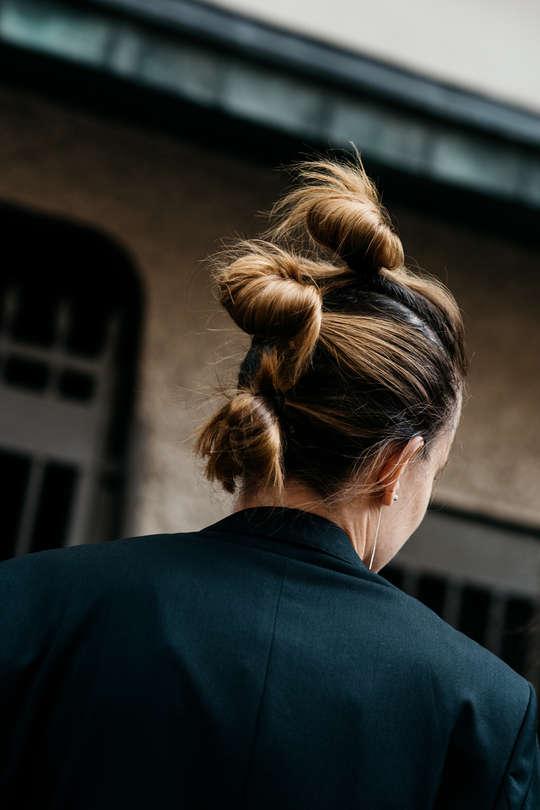 helsenki-fashion-week-street-style-soren-jepsen-vogue-dsc_6398-b_v540x910.jpg