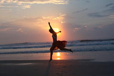 beachdance.jpg